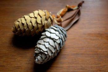 Pine+cones+in+silk+dupioni
