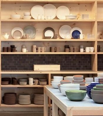 Heath-ceramics-shelf
